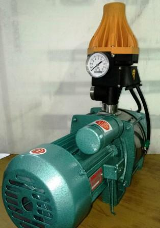 SELF PRIMING 0 5 H P  MONOBLOCK with VERTICAL AUTOMATIC PRESSURE